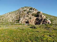The hill known as Meerhoff's Kasteel near Nuwerus, Namaqualand. © Geoff Tribe